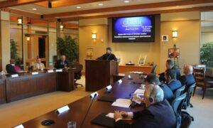Metropolitan Hilarion Alfeyev addressing American Evangelicals (2014)